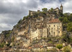 Some HDR pictures of Rocamadour in France can be seen on this page. Hdr Pictures, Photos, Rocamadour France, France Area, Deep Forest, South Of France, Barcelona Cathedral, Places To Travel, River