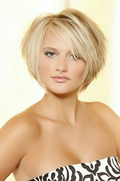 Pretty style - My list of women's hairstyles Bobs For Thin Hair, Short Hair With Layers, Short Hair Cuts For Women, Short Hair Styles, Short Hairstyles For Women, Pretty Hairstyles, Female Hairstyles, Style Hairstyle, Short Haircuts