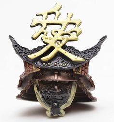 "Japanese samurai Naoe Kanetsugu war helmet* (replica) 直江兼続 *The helmet ""maedate"" or crest says ""Love. Samurai Helmet, Samurai Weapons, Samurai Armor, Arm Armor, Samourai Tattoo, Ancient Armor, Art Of Fighting, Art Japonais, Japanese Sword"