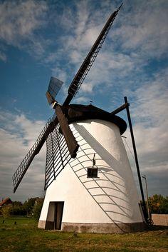 Windmill. Kiskundorozsma, Hungary