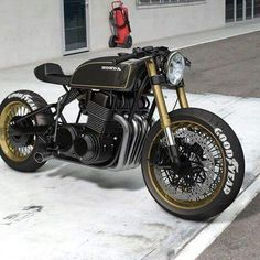 Photoshoped Honda is this the way bike customization is going or is it art?