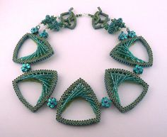Beaded jewelry by Kathy King Beading Tutorials, Beading Patterns, Jewelry King, Custom Jewelry Design, Beads And Wire, Bead Art, Bead Weaving, Beaded Embroidery, Handcrafted Jewelry