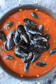 Mussels Fra Diavolo Con Crema...definitely enjoyed. used tomatoes from garden and pureed...put it over pasta. yum!