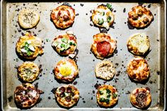 If you could choose between one giant pizza with your favorite toppingor many, many (16, exactly) little pizzas with lots of different combinations of toppings, what would you chose? Hands down, I'd chose the mini pizzas, for two reasons: their...