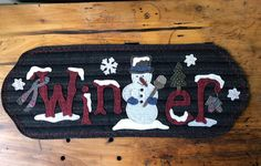 Penny Rug Patterns, Wool Quilts, Primitive Gatherings, Pattern Pictures, Penny Rugs, Wool Applique, Rug Hooking, Felt Crafts, Black Stripes