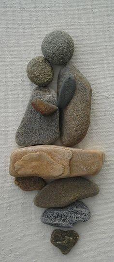 New pebble art diy ideas couple 55 Ideas Stone Crafts, Rock Crafts, Arts And Crafts, Art Crafts, Kids Crafts, Art Rupestre, Art Pierre, Rock And Pebbles, Nature Crafts