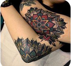Traditonal Vs. Neo-traditionelles Tätowieren, Manche sagen, dass es keinen Unterschied zwischen traditionellen Tattoos und neo-traditionellen Tattoos gibt; Obwohl die Unterschiede gering sind, sin..., #Tattoo #Ideen #Design #Tätowierung