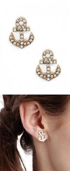Anchor stud earrings // So so cute! #nautical #jewelry_design