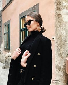 k Adrette Outfits, Classy Outfits, Fall Outfits, Casual Outfits, Fashion Outfits, Womens Fashion, Fashion Trends, Black Outfits, Black Coat Outfit