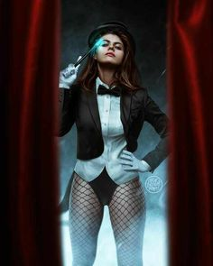 Zatanna Dc Comics, Zatanna Cosplay, Star Trek, Hq Dc, Karen Gillan, Batman, Marvel, Celebs, Celebrities