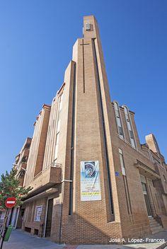24/08/2013 Parroquia Sagrada Familia. Calle Juan de Toledo esquina con Obispo Tagaste.