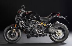 Ducati monster 1200cc 2016 To beautiful!