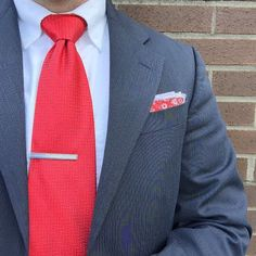Not a bad Monday. Trial's all done and I'm onto the next thing!  #ootd #wiwt #ootdmen #getdapper #dapper #menswear #mensfashion #mensstyle #theamateurprofessional  #businesscasual #pennsylvania #harrisburg #centralpa #sprezzatura #gq #sprezza #ejsamson #dressedchest  #menswear #mwcontest #likemylook #chestie #menswearhouse #thetiebar #finishyourlook #pocketsquare #jwingfield #thedapperjuan