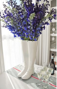 wellies + flowers = lovely