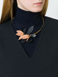 Marni flower open  necklace