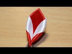 "hoja con cinta de raso - Базовые лепестки Канзаши #43 ""Острый с изюминкой"" / Kanzashi - YouTube"