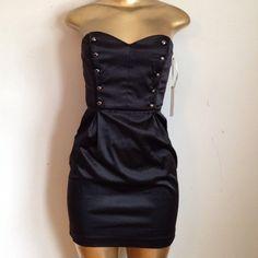 Amazing black dress Amazing black strapless military style dress with pockets Dresses Mini