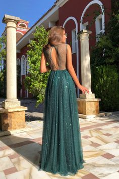 Modest Bateau Sleeeveless Tulle 2019 Evening Dress A-line Sequins Covered Button Long Prom Gowns With zipper Item Code: Elegant Prom Dresses, Formal Dresses For Weddings, Grad Dresses, Prom Party Dresses, Pretty Dresses, Evening Dresses, Bridesmaid Dresses, Dress Party, Long Prom Gowns