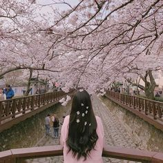 "6 Likes, 1 Comments - @snowflaketae on Instagram: ""こんにちは、これは私の最初の投稿です! ___ 안녕하세요, 내 첫 번째 게시물입니다! ____ #pink #aesthetic #aesthetictumblr #theme…"""