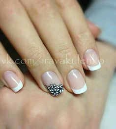 Easy nail art designs for beginners, Nail colors Love Nails, Fun Nails, Pretty Nails, Gel Nail Art, Acrylic Nails, Nail Polish, Coffin Nails, French Tip Nail Designs, Nail Art Designs