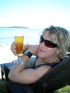 #AustraliaDayOnboard Australia Day, Ray Bans, Sunglasses, Style, Fashion, Australia Day Date, Swag, Moda, Fashion Styles