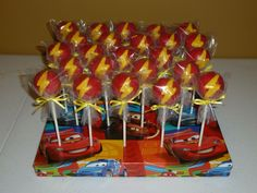 Lightening Mcqueen Cake Pops Basic lightening bolt to represent Lightening McQueen. Lightning Mcqueen Party, Lightening Mcqueen, Cars Cake Pops, Cars Theme Cake, Disney Cars Cake, Disney Cars Party, Car Themed Parties, Cars Birthday Parties, Two Fast Two Furious
