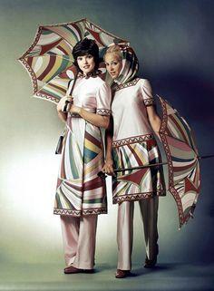 Braniff Airlines flight attendants, circa (via) Airline Uniforms, Intelligent Women, Seventies Fashion, Italian Fashion Designers, Flight Attendant, Emilio Pucci, Girl Fashion, Vintage Fashion, Wonder Woman
