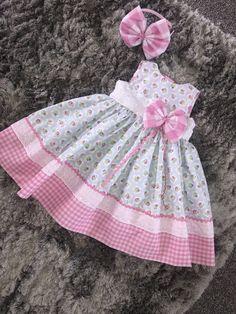 Ideas For Open Closet Ideas Baby Baby Girl Frocks, Kids Frocks, Frocks For Girls, Dresses Kids Girl, Little Dresses, Kids Outfits, Baby Dresses, Fashion Kids, Little Girl Fashion
