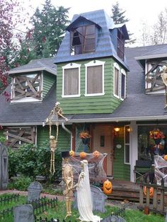 HALLOWEEN DECORATIONS / IDEAS & INSPIRATIONS: Halloween Outdoor Decorations