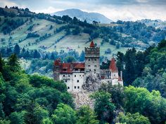 MakeMyTrip Blog | Romania: Of Sports, Spooks And Scenery