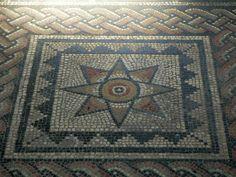 Los mosaicos geométricos de Aldborough(Inglaterra). | Matemolivares