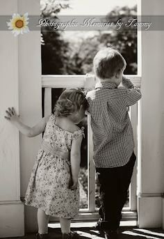 Siblings... this just melts my heart!
