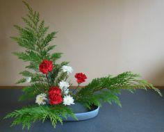 December 2, 2012 Freestyle (Moribana) Materials: Carnations, Cedar leaf, mums