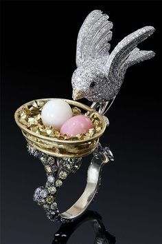 joyeria de perla y cristal Swarovski pearls and Swarovski Jewelry Bird Jewelry, Animal Jewelry, Jewelry Box, Jewelry Rings, Jewelry Accessories, Jewelry Design, Jewellery, Crystal Jewelry, Antique Jewelry