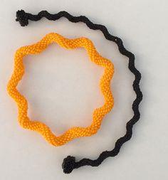 Nita E Kaufman - back to Aleta Ford Baker's Indespiral technique. One bracelet closes on a snap hidden inside of a RAW box. Bead Crochet, Crochet Necklace, Beadwork, Beading, Aleta, Bead Weaving, Beaded Embroidery, Ford, Bracelet