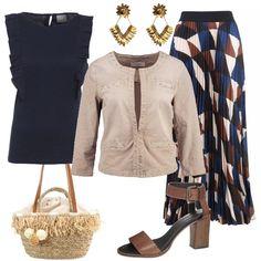 L'outfit+è+composto+da+un+top+con+scollo+tondo+e+godet+inseriti+nei+tagli,+una+giacca+leggera+in+cotone+ed+una+gonna+lunga+plissè+in+fantasia+geometrica.+Il+look+si+completa+con+una+borsa+a+mano+Pepe+Jeans,+un+paio+di+sandali+alti+in+pelle+e+degli+orecchini+con+pendenti.