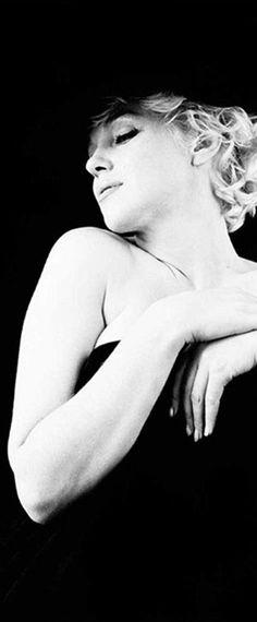 Marilyn. Black sitting. Photo by Milton Greene, 1956.
