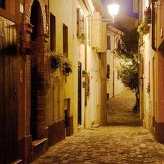 #vicoli di#santarcangelo di #romagna ( #rimini ) di #notte #night #myrimini #raccontarimini #ig_rimini_  #emiliaromagna_super_pics #igfriends_emiliaromagna_ #igersemiliaromagna #igersrimini  #vivorimini #vivoemiliaromagna   #volgoitalia #volgorimini #volgoemiliaromagna #ig_emilia_romagna #ig_emiliaromagna