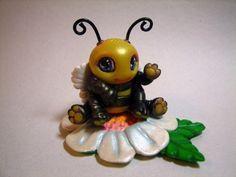 Cute Kawaii Chibi Baby Bumble Bee Handmade Polymer Clay Chibitude