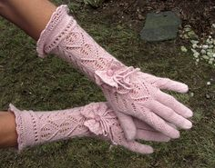 Gloves by dom-klary on Ravelry