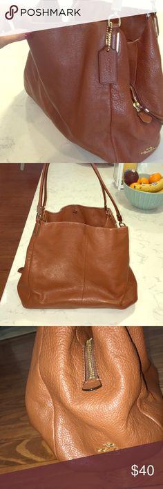 Brown shoulder coach bag Brown leather over the shoulder Coach bag. Coach Bags Shoulder Bags