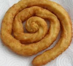 Porras, a variant of spanish churros. Mexican Food Recipes, Sweet Recipes, Dessert Recipes, Desserts, Bakery Recipes, Cooking Recipes, Spanish Dishes, Pan Dulce, Sweets Cake