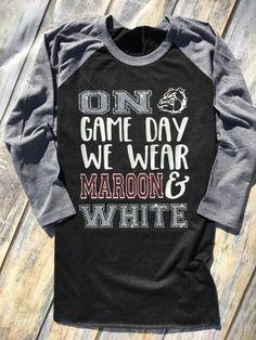 Purple and gold* Football Shirt Designs, Football Mom Shirts, Cheer Shirts, Sports Shirts, Men's Shirts, School Spirit Shirts, School Shirts, School Spirit Wear, Team Mom