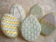 The Painted Cookie sharon wee - wee love baking - christening cake Fabergé egg style No Egg Cookies, Fancy Cookies, Iced Cookies, Cute Cookies, Easter Cookies, Holiday Cookies, Cupcake Cookies, Sugar Cookies, Shortbread Cookies