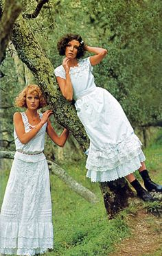 Margrit Ramme and Lisa Palmer by William Connors Vogue Italia 1974