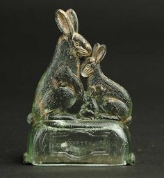 RABBIT FAMILY CANDY CONTAINER