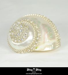 Swarovski Crystals Sea Shell | by blingblingemporio