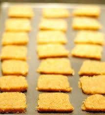 low carb cracker crisps