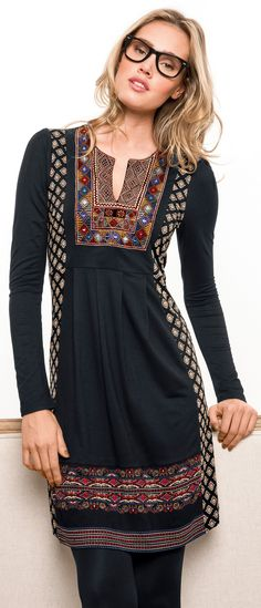 Bohemian hipster - http://www.boomerinas.com/2015/01/10/what-is-a-hipster-hipster-fashion-explained-to-the-mainstream/