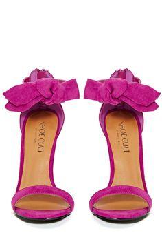 Hot pink bow heels.